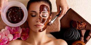 Soins cosmétiques pour le visage