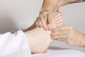 Massage pour limiter le dessèchement des pieds